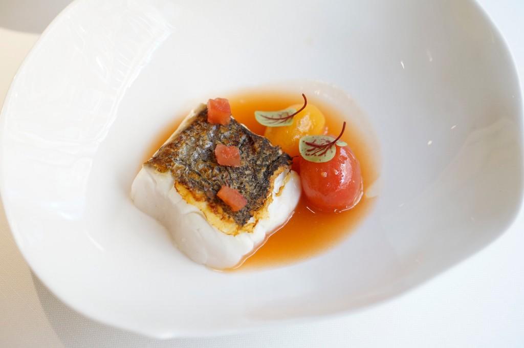 Merluza con sopa de tomate… ¿puede ser la alta cocina saludable?