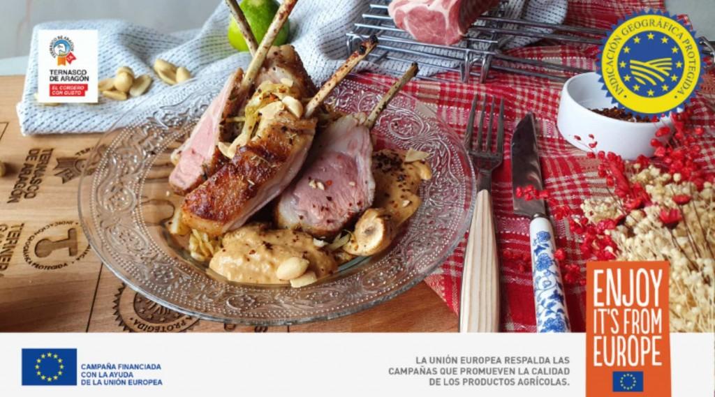 Rack de cordero Ternasco de Aragón con salsa de cacahuete y coco