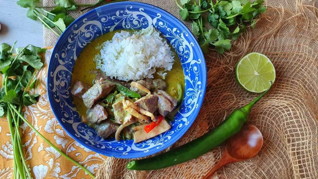 Curry verde Thai de ternera, aromático y delicioso
