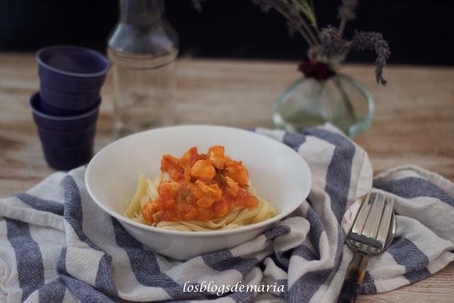 Tallarines con pollo y verduras