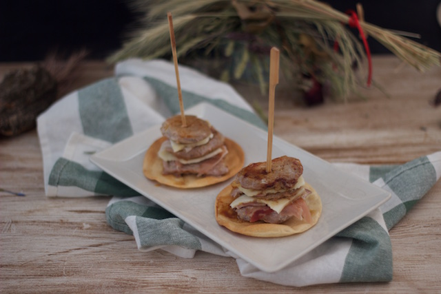 Medallones de solomillo con jamón y queso