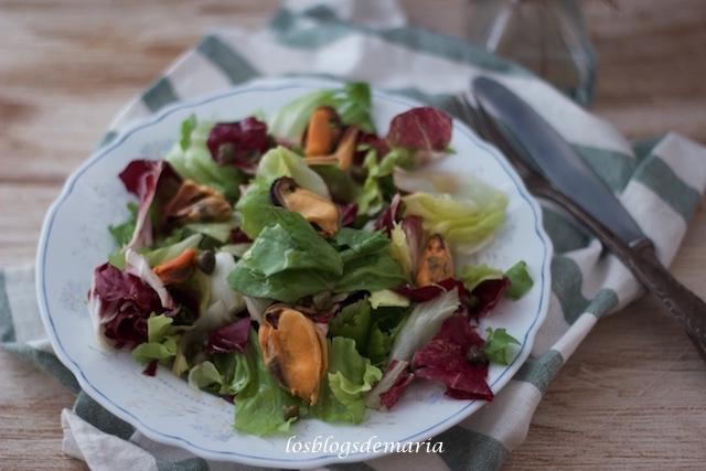 Ensalada de mejillones con vinagreta de naranja