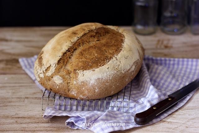 Pan integral con centeno y espelta