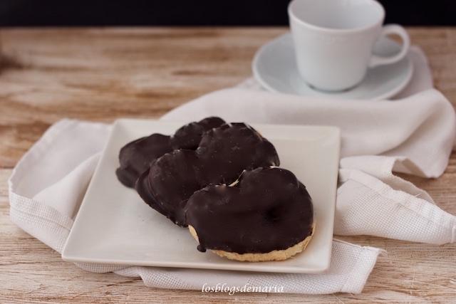 Para los más golosos: palmeritas de chocolate rellenas de crema de avellanas