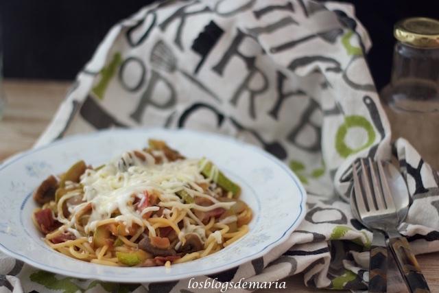 Espaguetis con calabacines y queso, receta Cookeo