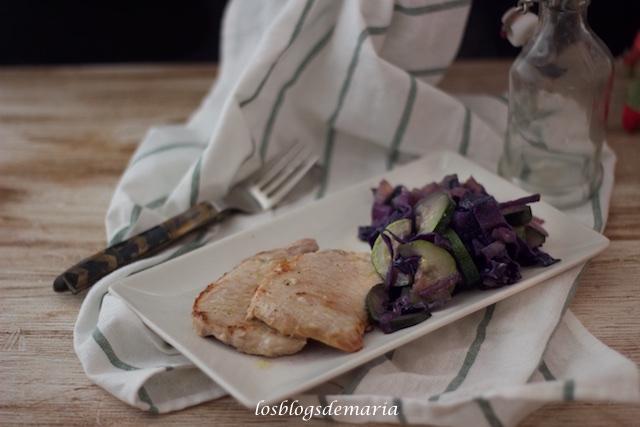 Filetes de lomo con col lombarda y calabacines, Receta Cookeo