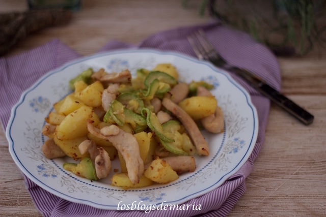 Patatas con pollo y calabacines en Actifry