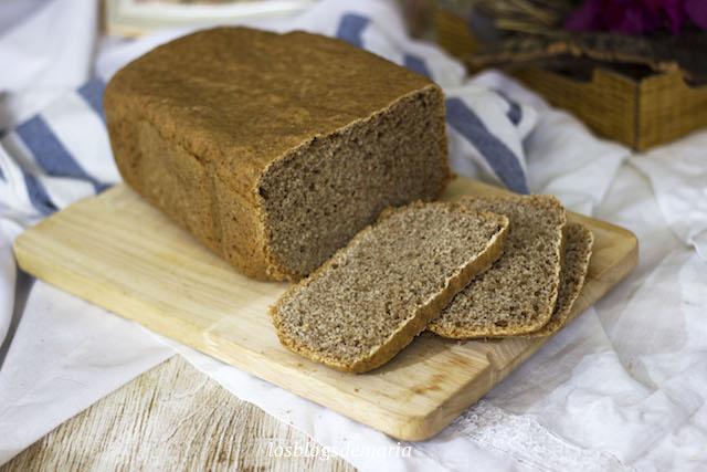 Pan de espelta en panificadora