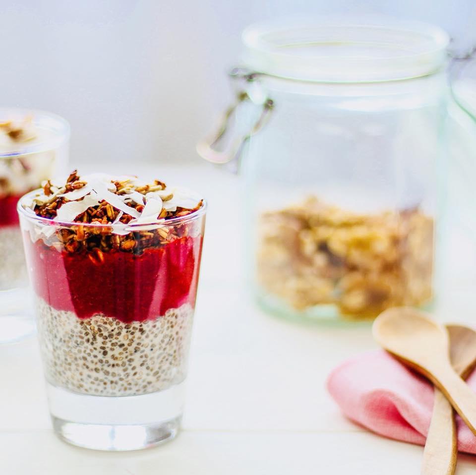 Chía pudding y frutillas