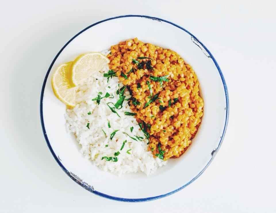 Curry vegano de lentejas dhal