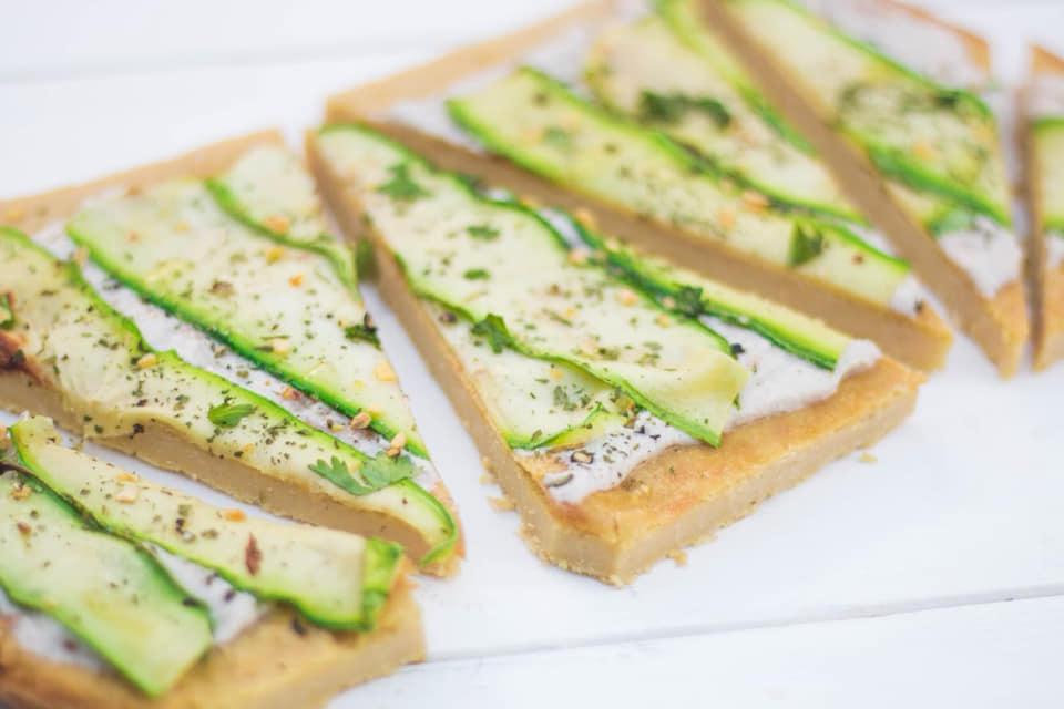 Almuerzo healthy: fainá de zucchinis grillados