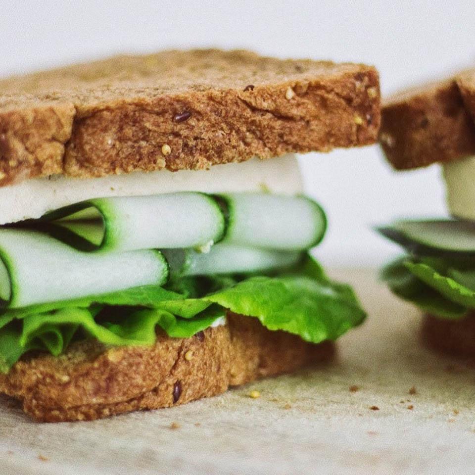 Vegan Club Sándwich
