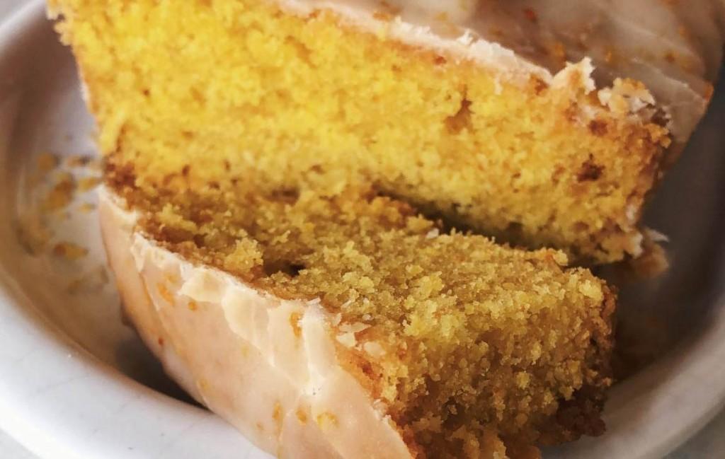 Budín vegano de naranja: esponjoso y húmedo