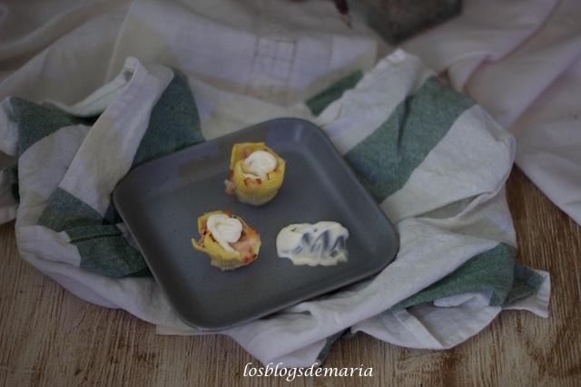 Aperitivo de alcachofas con bacon y queso